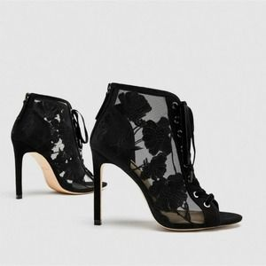 Zara Lace up Embroidered Heel Shoes